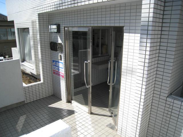 スカイコート鶴見4エントランス