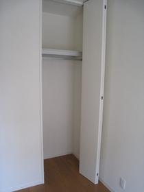 プレシャス 102号室