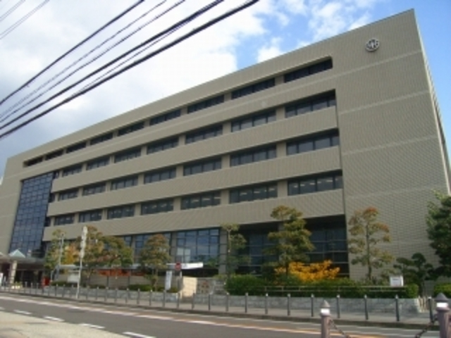 川西市役所