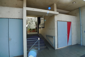 スペース�T E号室