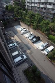 敷地内駐車場もご用意。