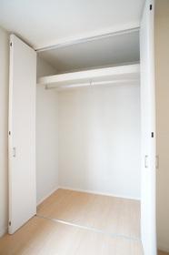 ヴィータセレーナ 202号室