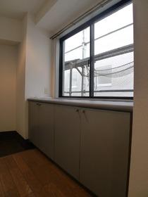 ルーセントアネックス 206号室
