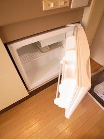 ミニ冷蔵庫付です☆