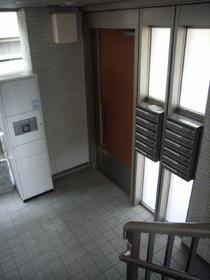 グリーンアベニュー�V 302号室