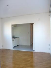グレースハイツ 202号室