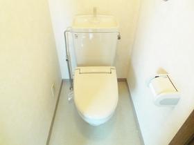トイレも独立していて使いやすいです!