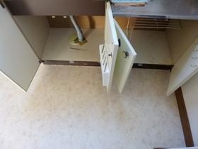 キッチン下部の収納です