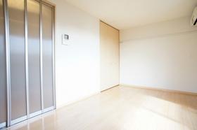 ギャロップ�U 105号室