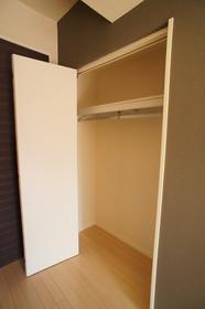 プレジール山王 102号室