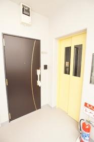 グラン南大井 301号室
