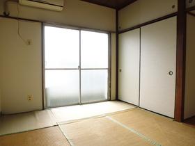 南向きの和室です。