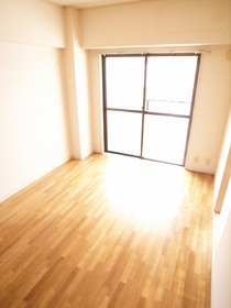 とってもキレイな洋室のお部屋です☆