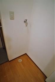 メゾン・リヴィエール 102号室