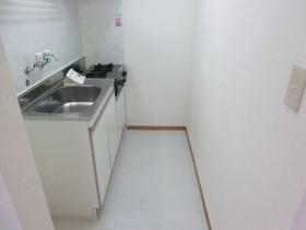 ゆとりのキッチンスペース。