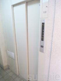 エレベーターも完備!