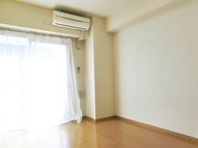 居室内、エアコン付いております!