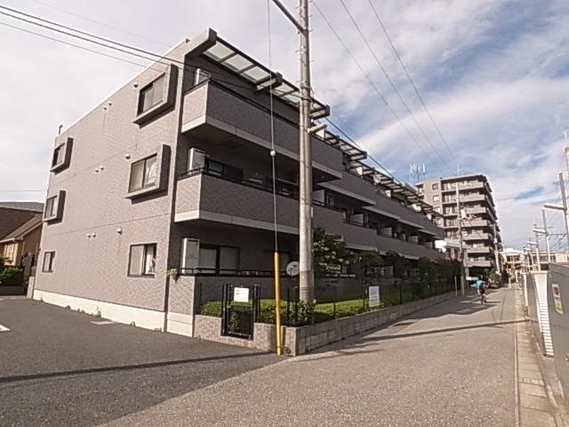 鉄筋コンクリート造のファミリー向けマンション☆