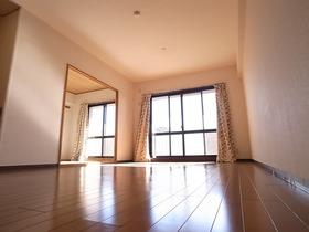 同建物、別タイプのお部屋の写真です