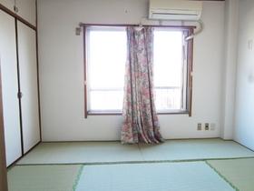 清潔感ある和室です。