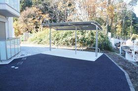 屋根付きの駐輪場!