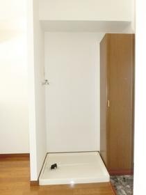 室内洗濯機置場です♪