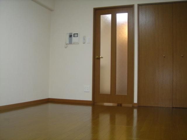 10.3帖の広い洋室