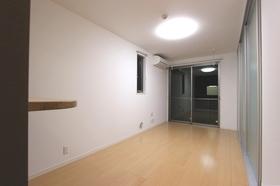 B−フォレスト 201号室