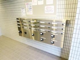 メールボックスと宅配ボックスもございます♪