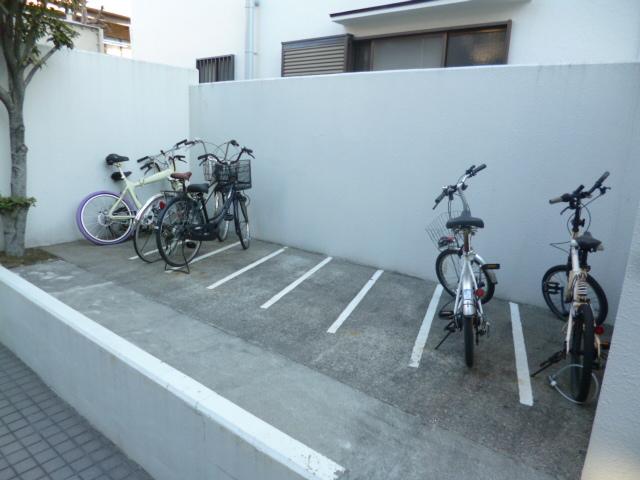 スカイコート練馬駐車場