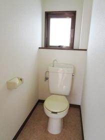 窓のあるトイレです!