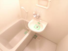 やっぱりお風呂は独立タイプがいいですね!