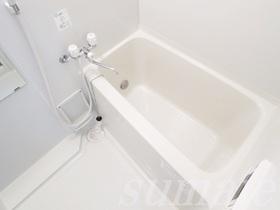 追炊き機能付きの綺麗なお風呂です☆