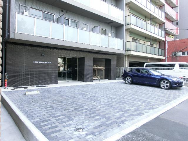 B CITY TABATA SKYCOURT外観