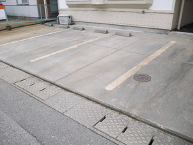 http://image.rentersnet.jp/3ea806c71d9fc1a8292c8011094146af_property_picture_957_large.jpg_cap_駐車場