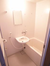 洗面台は浴室ですよ~
