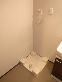 洗濯機はここに置いてください♪