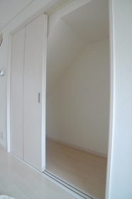 メゾンパサディナ B号室