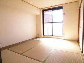 キレイな和室のお部屋です☆