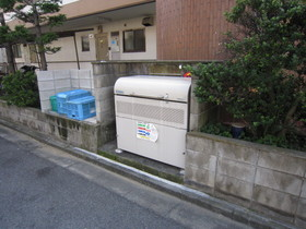 http://image.rentersnet.jp/3fe062474f924012189e83612322e7fd_property_picture_961_large.jpg_cap_ゴミ置場