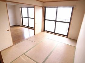 入居前にはキレイな畳にかわりまぁ~す!
