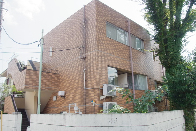 スカイコート駒沢外観