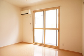 http://image.rentersnet.jp/43ffe3f8-d5d9-4b00-a1c6-8a02f3273d6f_property_picture_962_large.jpg_cap_東向きの洋室