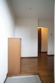 ウエスト・ヴィレッジ 201号室