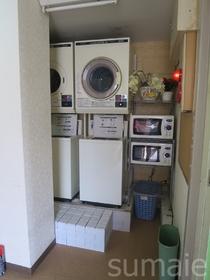 ☆共用の洗濯機や電子レンジです☆