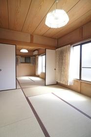 小山邸 1号室