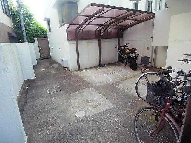 バイクも置ける駐輪所