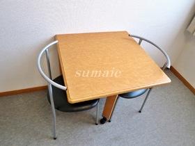 机といすも設置済みです♪