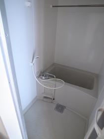 なんと浴室乾燥機もついてるんです!うーん便利すぎ!