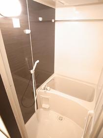 女性の方に好まれる浴室乾燥機付☆